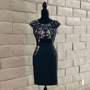 ☀️2 For $30☀️ LBD Lace Form Fitting Dress Size 4